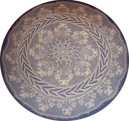 Maigloeckchen - Round Tablecloth In Knitted Lace - By Herbert